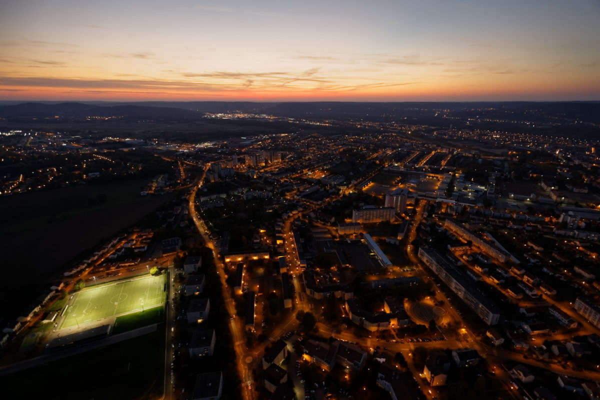 photographie aérienne drone de nuit